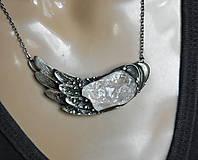 Náhrdelníky - cínový šperk s minerálom - Perute - 9457397_