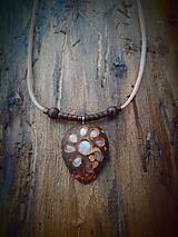 Náhrdelníky - prívesok Mesačný kameň - 9459430_