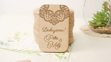 Darčeky pre svadobčanov - Drevená magnetka pre svadobčanov - 9460052_