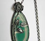 - cínový šperk s minerálom - Ruža - 9460406_
