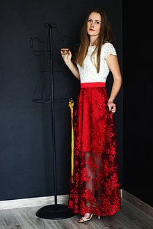 Šaty - Spoločenské šaty z hrubšej smotanovej krajky a tylovej krajky rôzne farby - 9460107_