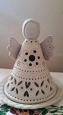 Svietidlá a sviečky - Svietnik detviansky anjel - 9462339_