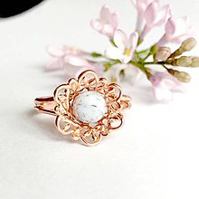 Prstene - Delicate Flower & Jasper Rose Gold Ring / Jemný prsteň s jaspisom, ružové zlato /0270 - 9463157_