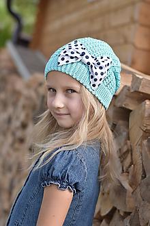 Detské čiapky - Zľava zo 14,50 na 10 eur -Mentolová čiapka s mašľou - 9465359_