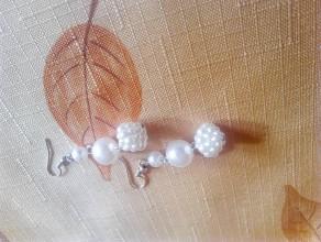Náušnice - perlove visiace náušnice - 9462595_
