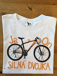 """Oblečenie - Originalne maľované tričko s nápisom """"Ja a On ...silná dvojka"""" - 9463936_"""