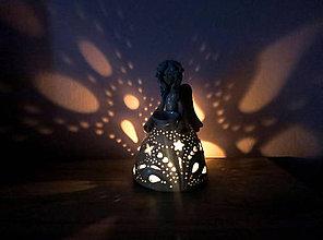 Svietidlá a sviečky - aromalampa - modrý anjel - 9468435_