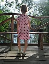 Detské oblečenie - Úpletové dievčenské šaty Cora s vreckami - 9471622_