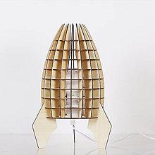 Svietidlá a sviečky - Originálne stolové drevené svietidlo z kolekcie iWood – ROCKET - 9473158_