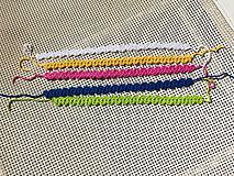 Náhrdelníky - Pestrofarebné náhrdelníky / Colorful chokers - 9472015_
