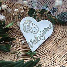 Darčeky pre svadobčanov - Keramické srdiečka - Ďakujeme - 9470880_