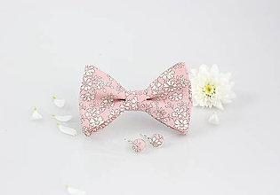 Šatky - Svetloružový kvetinový dámsky motýlik s náušnicami - 9476025_