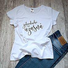 Tričká - Dámske tričko Úžasná - 9479429_