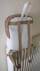 Batohy - Recyklovaný batoh s výšivkou - 9481227_