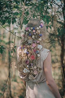 Ozdoby do vlasov - Romantický kvetinový pletenec - 9481024_