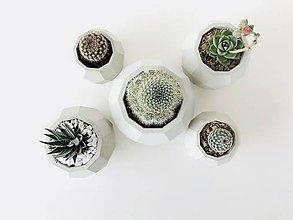 Nádoby - Betónový kvetináč Rhombico - 9484376_
