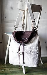 Batohy - Menčestrový ruksak - 9483930_