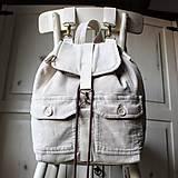 Batohy - Menčestrový ruksak - 9483960_
