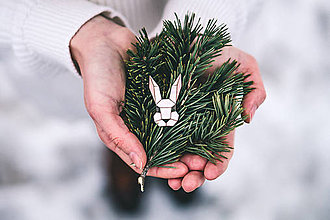 Odznaky/Brošne - Drevená brošna - Dear bunny - 9487057_