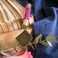 Kľúčenky - karabína s nábojnicami a príveskom Denník - 9490935_