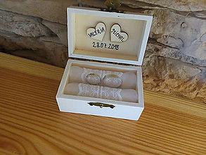 Prstene - Krabička na prstienky (Krabička na prstienky s bielym vnútrom) - 9491140_