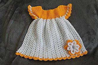 Detské súpravy - Háčkované šaty s čelenkou - 9494383_