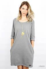 Šaty - Dámske šaty s vreckami šedé z úpletu IO6 - 9492281_