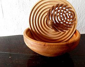 Nádoby - drevená miska s vrchnákom... - 9498093_