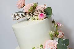 Zápich na tortu Mladomanželia