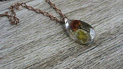 Náhrdelníky - Slzička s kvietkami - živicový náhrdelník (s jabloňovým kvietkom č.2053) - 9497676_