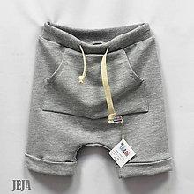 Detské oblečenie - Šedé krátke pudláče - 9497711_