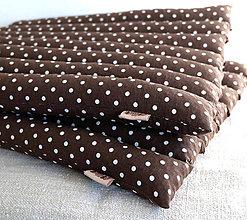 Úžitkový textil - FILKI sedák plnený šupkami (hnedá s bodkou) - 9495224_