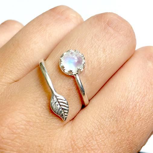 Simple Leaf Silver Gemstone Ring Ag925 / Strieborný prsteň s minerálom /0436 (Moonstone / Mesačný kameň)