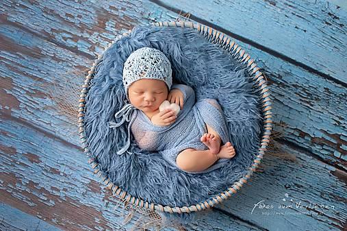čiapka pre novorodenca