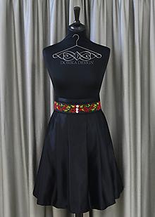 Sukne - Čierna dámska sukňa s opaskom - 9503085_