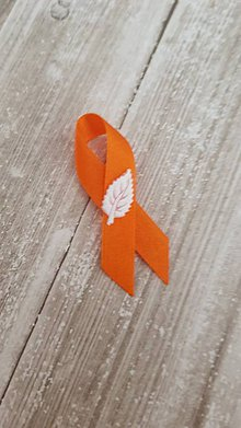 Pierka - pierka s lístočkom rôzne farby (oranžové) - 9502169_