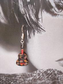 Náušnice - Náušničky - gitarky čierno-červené - 9499627_
