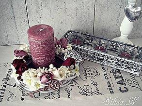 Dekorácie - Dekoračná sviečka v staroružovej. - 9499174_