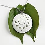 Náhrdelníky - White Flower - 9499003_