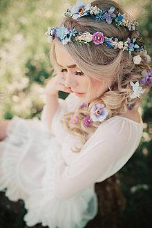 Ozdoby do vlasov - Romantický levanduľový kvetinový pletenec - 9503305_
