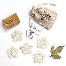 Úžitkový textil - BIO odličovacie kvetinky 5 ks + vrecko (100% biobavlna) - 9507488_