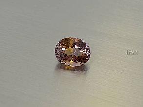 Minerály - AMETRIN prírodný 14,8 x 11,9  mm ovál 9,5ct VS - 9508521_