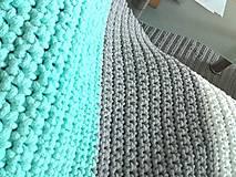Úžitkový textil - Háčkovaný koberec gray, mint, white - 9507613_