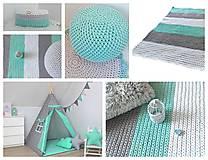 Úžitkový textil - Háčkovaný koberec gray, mint, white - 9507615_