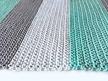 Úžitkový textil - Háčkovaný koberec gray, mint, white - 9507624_