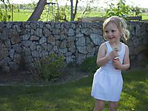 Bielo-bodkovaná suknička