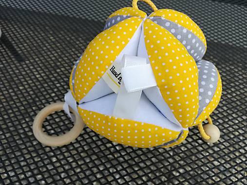 Úchopová montessori lopta.   susugo - SAShE.sk - Handmade Hračky 6766fd991a2