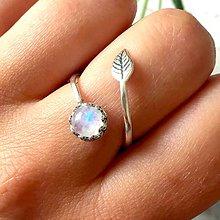Prstene - Simple Leaf Silver Gemstone Ring Ag925 / Strieborný prsteň s minerálom #0436 (Vintage Moonstone / Mesačný kameň (patinovaný)) - 9510617_