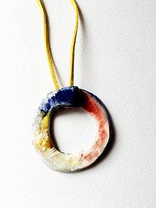 Náhrdelníky - farebný krúžok /keramika/ - 9510034_