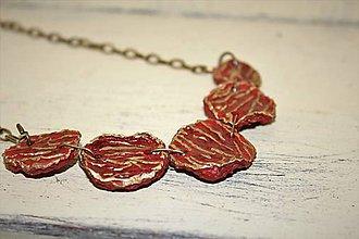 """Náhrdelníky - náhrdelník """"zlatom vyšívaný"""" - 9511184_"""